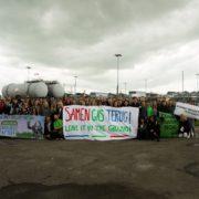 Izraz podpore aktivistov lokalni skupnosti in njihovemu boju (avtor: Andreas Link/Young Friends of the Earth Europe)